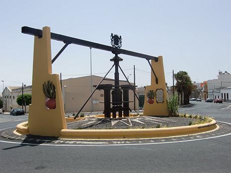 Municipio de la villa de ingenio for Hogar del mueble ingenio